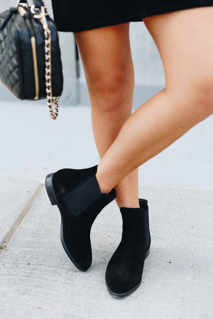 Fall Black Chelsea Boots